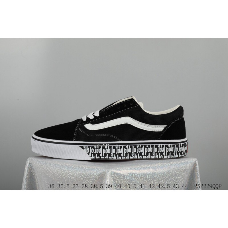 c0523a21593f Crossover OFF-WHITE X Vans Old Skool Willy Low Skate Shoes FSR ...